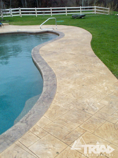 Installing Flagstone Patio
