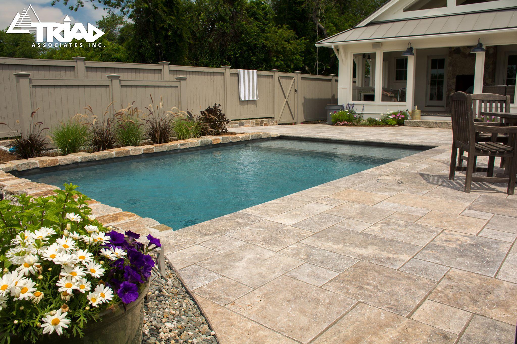 travertine-pool-deck